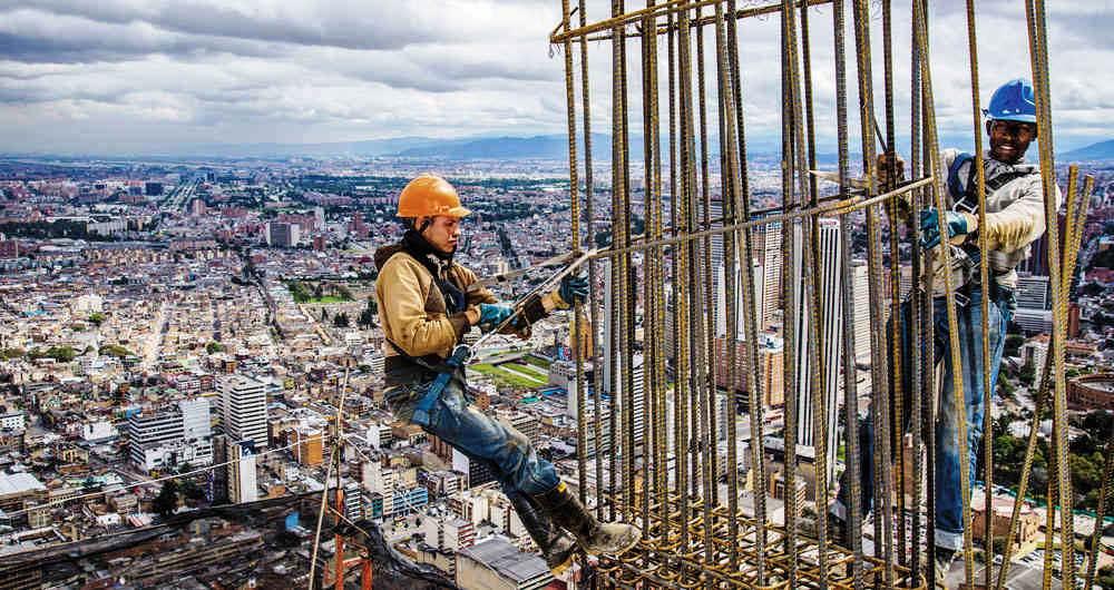 Se reactivan 18.000 puestos en 34 proyectos de infraestructura