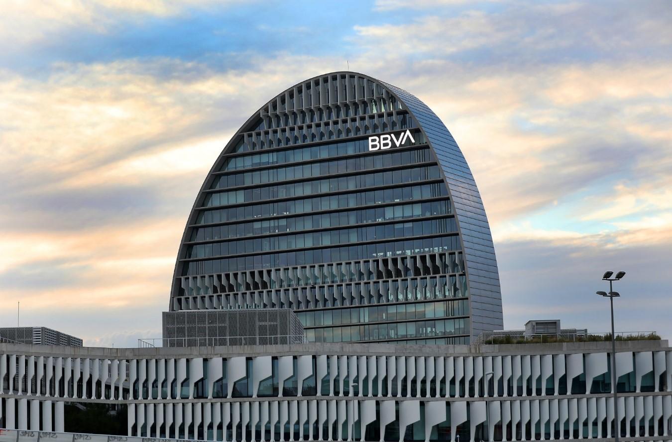 BBVA y el Grupo BEI facilitan 1.423 millones de euros para pymes y midcaps afectadas por la crisis