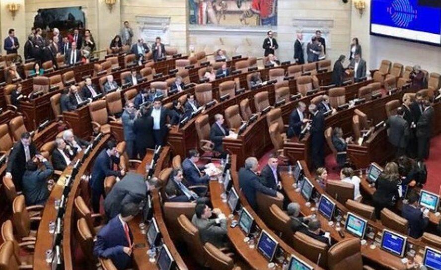 Políticos en la cultura de las migajas del feudalismo democrático