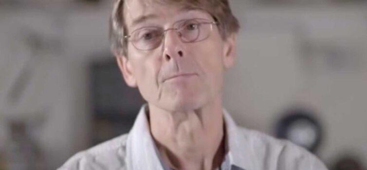 Ex Vicepresidente de Pfizer: 'No hay necesidad de vacunas, la pandemia ha terminado'.
