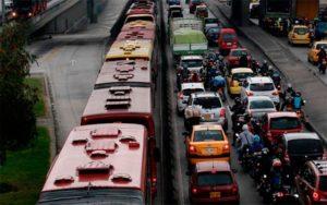 En Bogotá De la escasa movilidad a la inmovilidad total