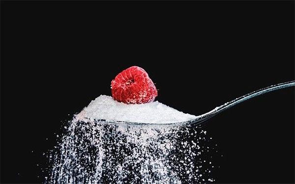 ¿Qué tan peligroso es el azúcar para tu salud?