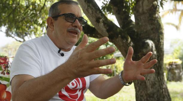 Don Timo aclara y oscurece. A las FARC llegaban…