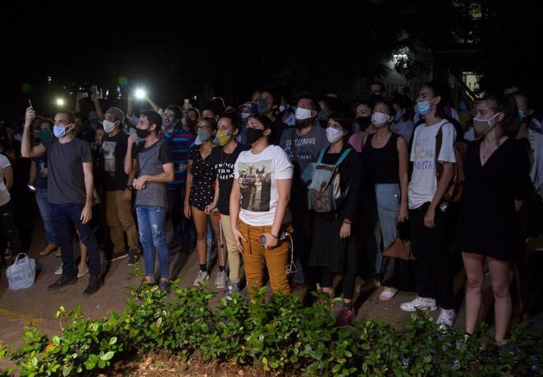Unifican moneda en Cuba. Negocian con Manifestantes y 51 positivos por Covid19