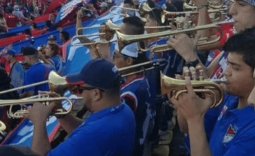 Barras trompetas, arte, poesía: el futuro del gol