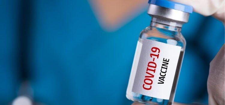 La vacuna va lenta… en Colombia
