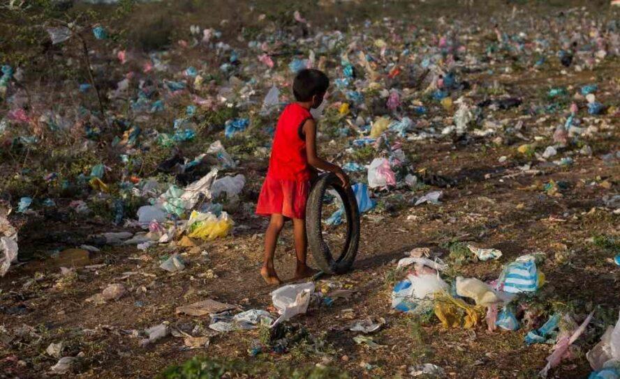 Modelo económico colombiano, fabricante de miserias