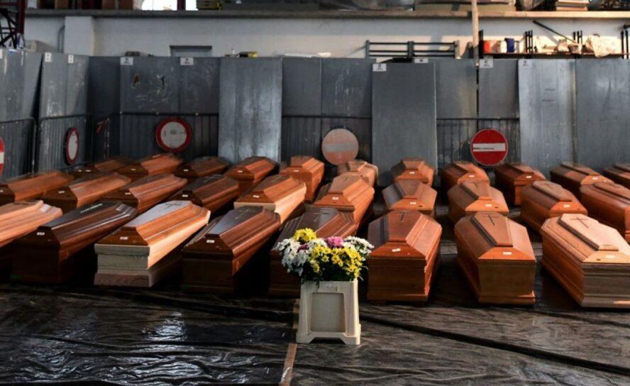 'Fila' en hornos crematorios de Medellín aumento de muertes por COVID-19