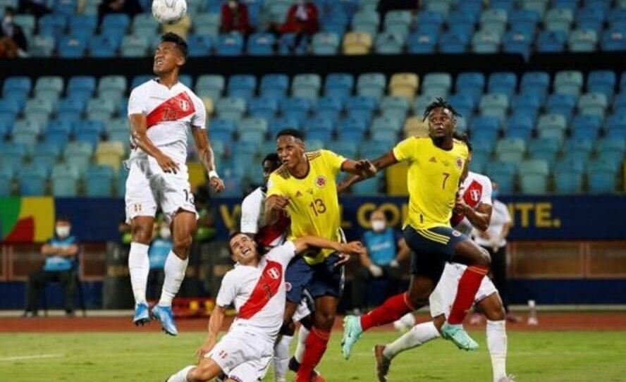 Perú derrotó a Colombia 2 goles a 1. Autogol de Mina. Penal de Borja