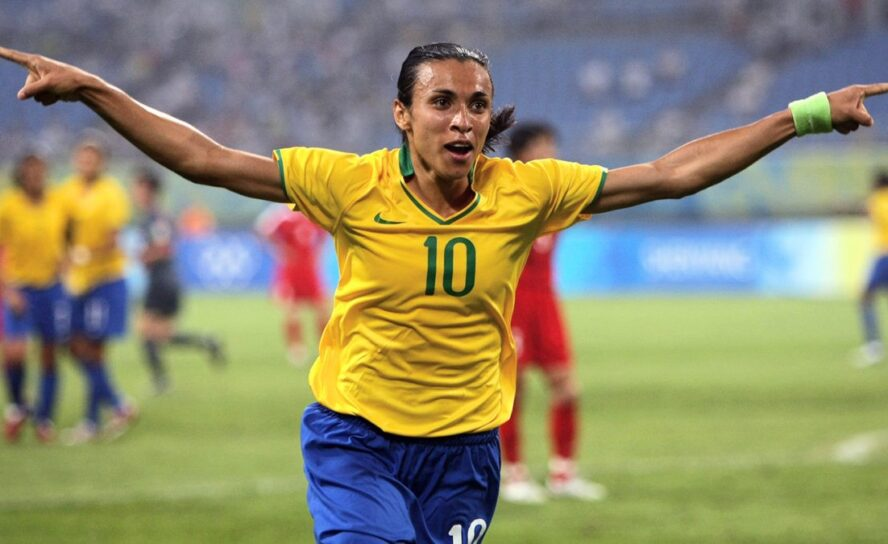 Marta: Simboliza la esperanza de un mundo mejor: Pelé